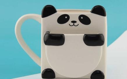 kubek panda z miejscem na ciastko-min