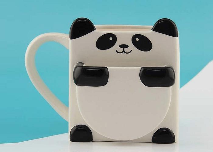 Kubek panda z kieszonką na ciastko marki Paladone