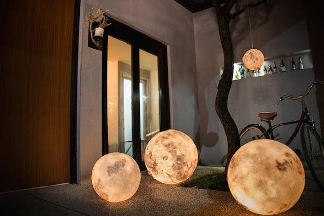 lampa moon 1