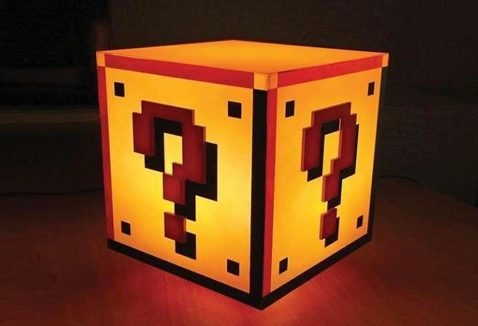 Lampka kostka Mario