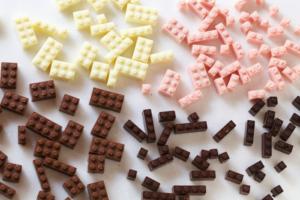 BLOG: Klocki LEGO z czekolady by Akihiro Mizuuchi