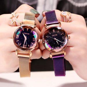 mieniący się zegarek