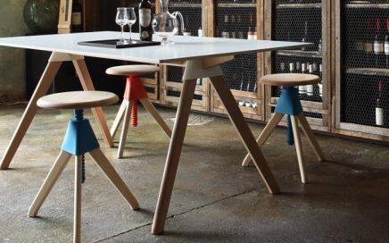 minimalistyczny stolek obrotowy magis