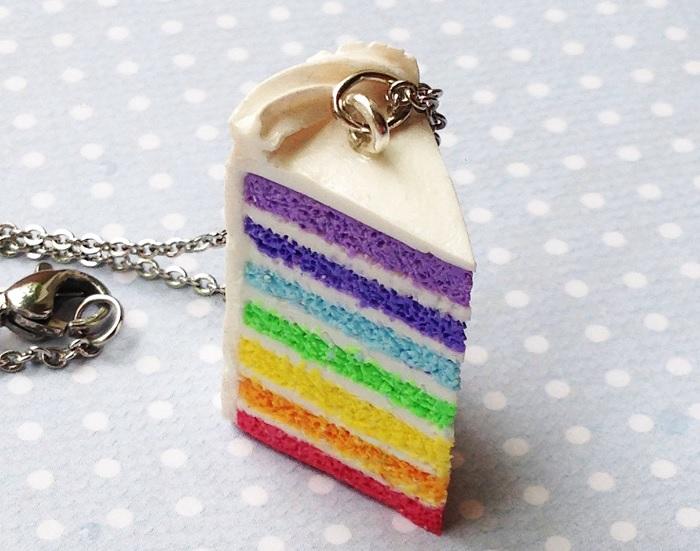 naszyjnik teczowe ciasto