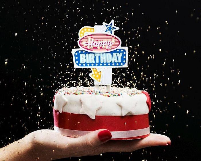 Neon do tortu urodzinowego