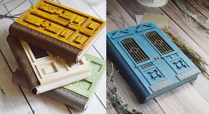 Ręcznie robione notesy z drewnianą okładką w formie drzwi