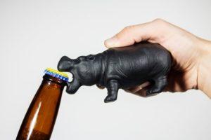 Otwieracz do butelek Hipopotam SuckUK