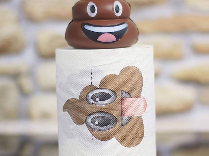 Papier toaletowy emoji poop