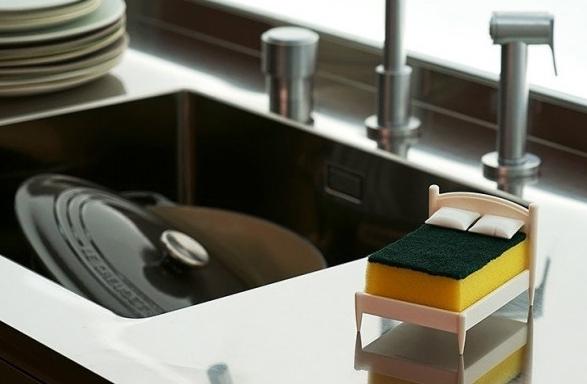 Łóżko na gąbkę do mycia naczyć by Ototo Design