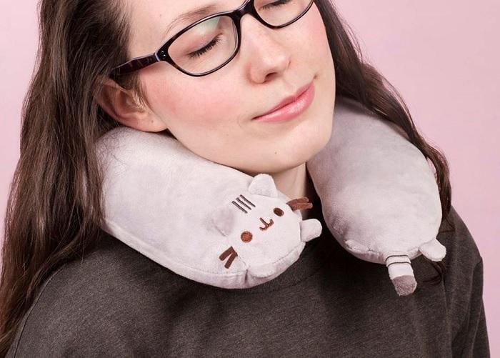 Poduszka podróżna kot Pusheen