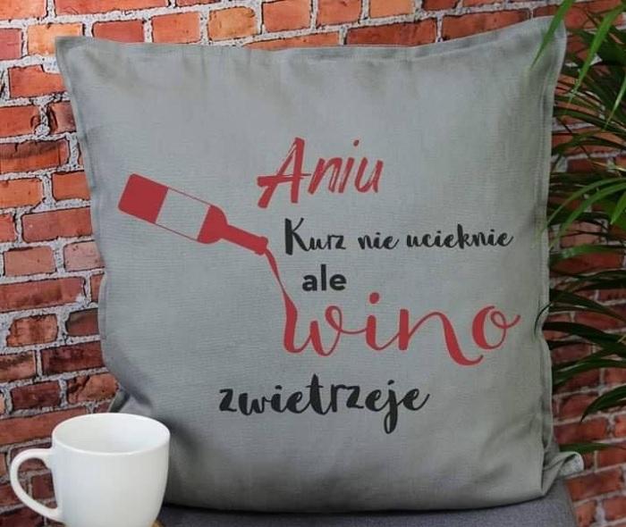 poduszka wino zwietrzeje