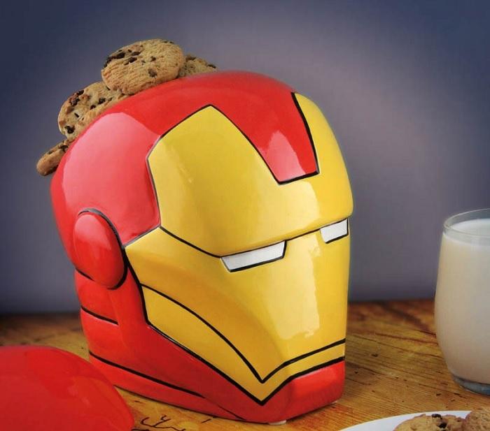 pojemnik na ciastka ironman