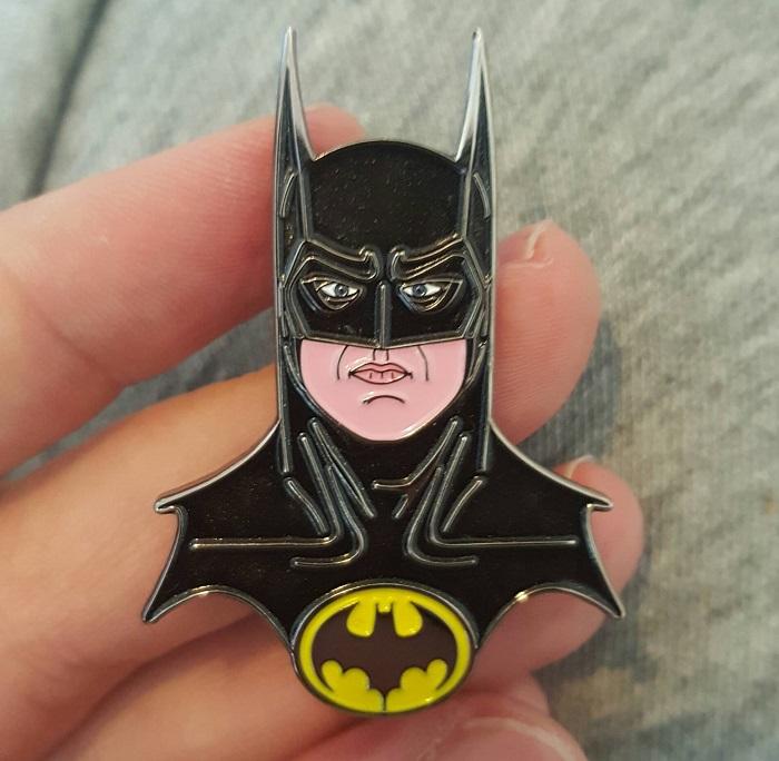 przypinka retro batman