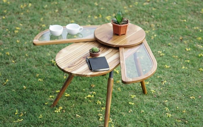 Elytra - drewniany stolik, który rozkłada się niczym skrzydełka chrząszcza