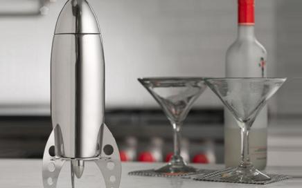 shaker w kształcie rakiety