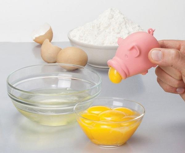 Separator do jajek świnka PigYolk od Peleg Design
