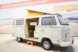 Kultowy VW ogórek zbudowany z 400 000 klocków LEGO