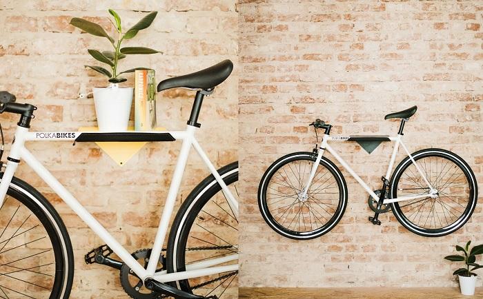 Półka z wieszakiem na rower