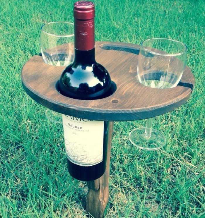 wino stolik