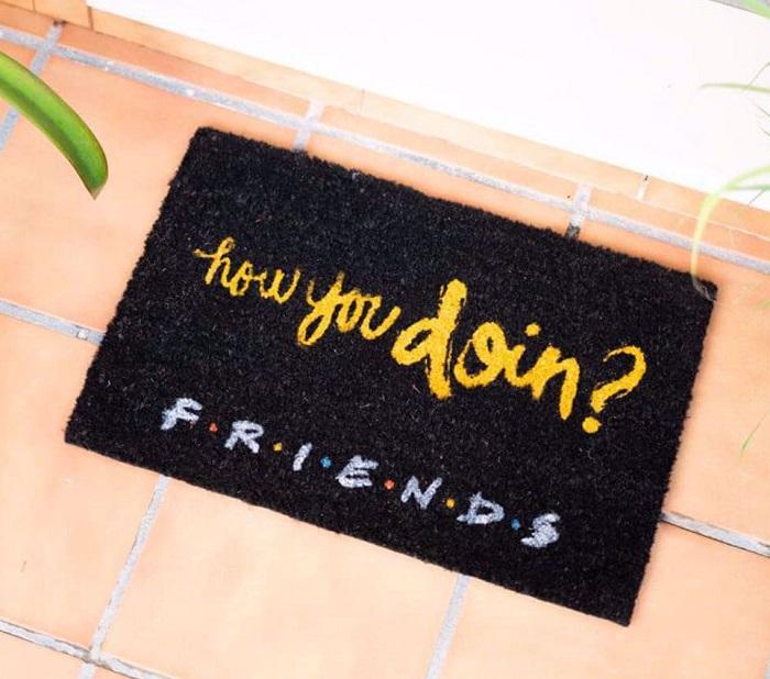 wycieraczka how you doin friends