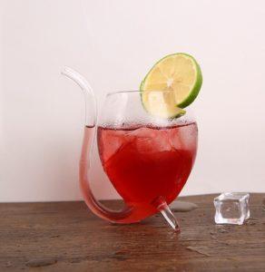 szklanka z rurką kieliszek